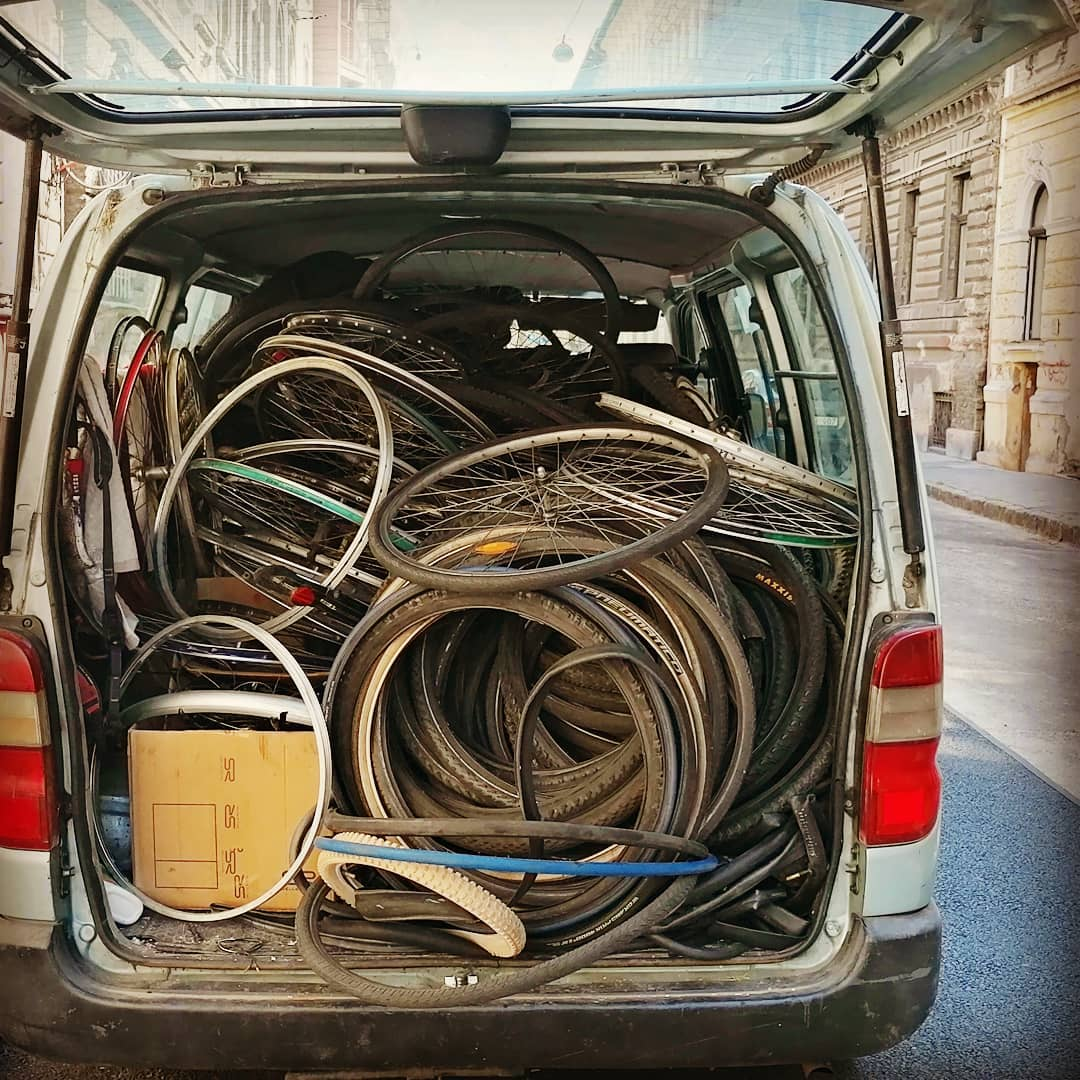 Wornout bicycle parts - raw material collecting for bicycle recycling